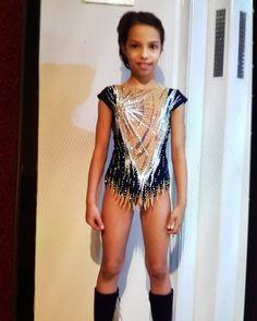 Gymnastics Competition Leotards, Gymnastics Costumes, Gym Leotards, Gymnastics Outfits, Rhythmic Gymnastics Leotards, Gymnastics Girls, Dance Outfits, Sport Outfits, Little Girl Models