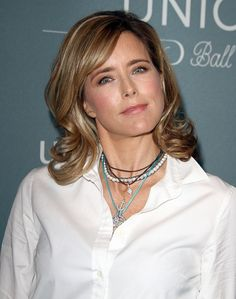 Tea Leoni A Total Diva on 'Madame Secretary' Set - Reports Blown ...
