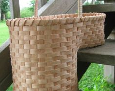 Amish Made Large Stair Step Basket   For 8 1/2