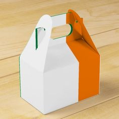 Shop Flag of Ireland Favour Box created by AwesomeFlags. Ireland Wedding, Gift Wrapping Supplies, Wedding Favor Boxes, Paper Plates, Party Supplies, Flag, Irish, Gifts, Irish People