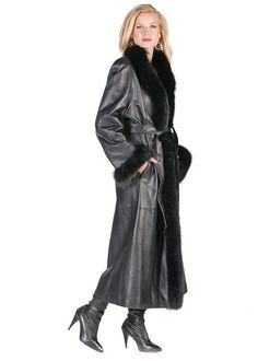 Leather Coat With Fur, Leather Vest, Leather Jackets, Leder Outfits, Fur Collars, Fur Trim, Winter Coat, Fashion Boots, What To Wear