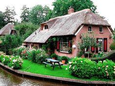 Giethoorn ( Netherlands )