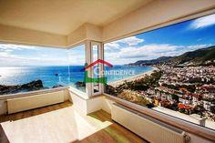 Alanya , город Türkiye http://www.confidencerealestate.com.tr/en/estate/v-2-gorgeous-villa-cleopatra-beach-castle.html