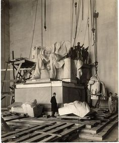 The 1920 Construction of  The Lincoln Memorial