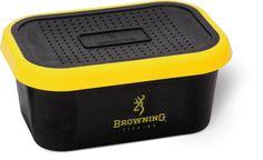 Umelohmotný box na živé nástrahy s dierkovaným vrchnákom. Dizajn Black Magic v čiernej farbe. Rozmer boxu 16 x 10 x 7 cm.