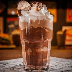 19 Insane Milkshake Shops Around The World You Need To Eat At