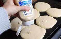 23 Life Hacks Every Girl Should Know - Put Pancake Mix in a Squeezy Bottle - Life Hacks and Creative Ideas