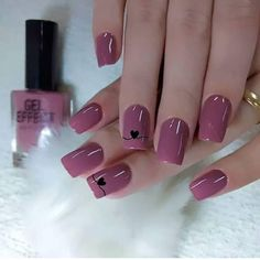 💅Qual a sua nota de 0 a 10 pra essas unhas? Curta e Marque suas amigas! Romantic Nails, Elegant Nails, Stylish Nails, Trendy Nails, Cute Nails, May Nails, Hair And Nails, Pink Nail Art, Pastel Nails