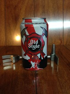 2014 Old Style Beer. Salute Chicagos Firefighters Heroes limited edition can.