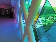 miami airport installation: harmonic convergence by christopher janney | designboom