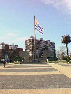 Montevideo, Monumento a la Bandera,.