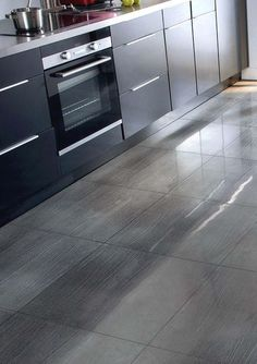 Kitchen: replacing a PVC floor with a tile - floor Living Room Kitchen, Home Decor Kitchen, Kitchen Design, Pvc Flooring, Kitchen Flooring, Ceramic Floor Tiles, Tile Floor, Ceramic Flooring, Room Interior