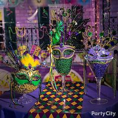 Let the good times roll with Mardi Gras party supplies. Shop for Mardi Gras decorations, Mardi Gras theme party favors, and other Mardi Gras party supplies. Mardi Gras Centerpieces, Mardi Gras Decorations, Masquerade Party Centerpieces, Quinceanera Centerpieces, Reception Decorations, Fete Audrey, Theme Carnaval, Festa Monster High, Masquerade Theme