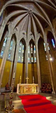 St Johns Cathedral High Altar by -RayRay-, via Flickr