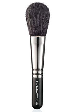 MAC 129SH Powder Blush Brush