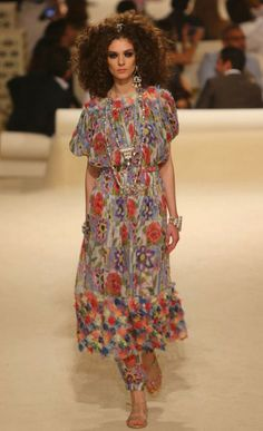 Chanel Cruise 2014/15. Love this floaty style.