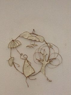 Wire and paper people Wire Crafts, Diy And Crafts, Crafts For Kids, Arts And Crafts, Upcycle Home, Wire Ornaments, Art Du Fil, Origami And Quilling, Paper People