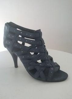 À vendre sur #vintedfrance ! http://www.vinted.fr/chaussures-femmes/escarpins-and-talons/24919328-escarpins-ete-bleu