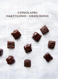date & hazelnut chocolates Chocolate Hazelnut, Healthy Desserts, Sweet Tooth, Sweet Treats, Pudding, Candy, Chocolates, Recipes, Food