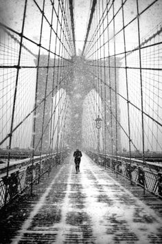 'New York - Brooklyn Bridge in Blizzard' by Martin Froyda on 500px
