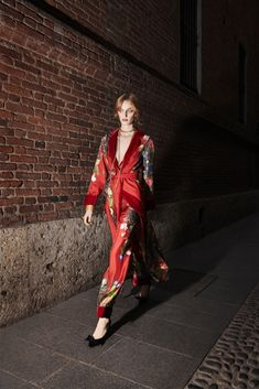 For Restless Sleepers Fall 2018 Ready-to-wear Fashion Show Collection b10cbf618