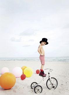 Circus, photos : Ulla Nyeman, Style : Kate Van Der Hage, MilK 40 juin 2013