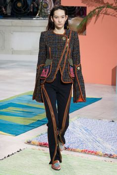 http://www.vogue.com/fashion-shows/fall-2017-ready-to-wear/peter-pilotto/slideshow/collection