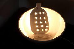 #Luce. Lampada/installazione luminosa. #light #arte #concept #design #maolica #lampade