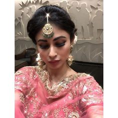Mouni Roy latest hot images photos pics watch hot and sexy Mouni Roy. photos of Mouni Roy latest images full HD photos Fall in love with Mouni Roy Indian Tv Actress, Actress Pics, Best Actress, Mouny Roy, Gold Movie, Latest Images, Hd Images, South Indian Bride, Celebs