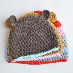 Crochet baby hats, pattern from The Yvestown Blog