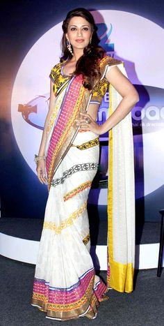 sonali bendre in white designer saree Bollywood Saree, Bollywood Fashion, Indian Attire, Indian Wear, Indian Dresses, Indian Outfits, Indian Clothes, Lehenga Choli, Anarkali