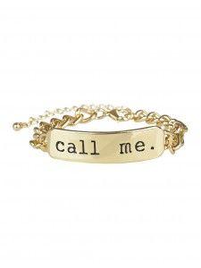 Ce bracelet s'agencera avec tous tes tenues! Pour faire des commissions ou pour une grande soirée, ce bracelet est l'accessoire idéal.