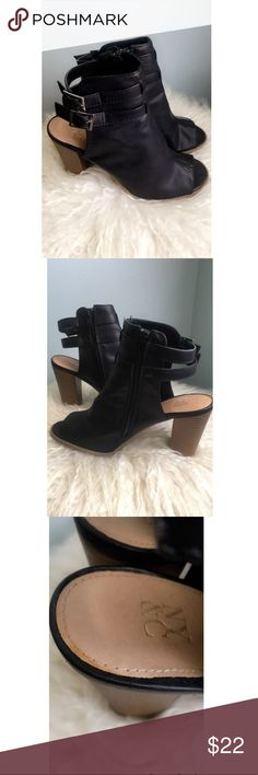 Black peep toe booties with buckle & side zipper Black New York &Company leather peep toe booties with side zipper and buckles. Super cute paired with jeans for a night out on the town! New York & Company Shoes Ankle Boots & Booties