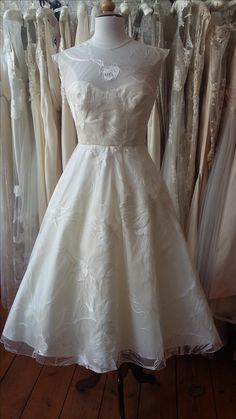 50's inspired wedding dress