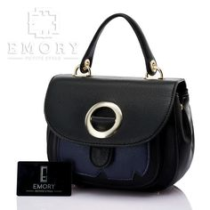 Price IDR 330.000 Measurement Bag 27x17 cm. Weight 0.769 kg. Material Faux Togo leather . ORIGINAL Brand.    Chat us on Line : @ emorystyle