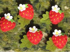 Happyfilz 3 Frische Erdbeeren ;0) Filz von Sonja Sonnenschein auf DaWanda.com