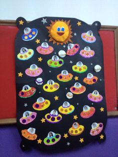 New classroom door decorations space 24 ideas Space Crafts For Kids, Space Preschool, Space Activities, Preschool Crafts, Art For Kids, Space Theme Classroom, Classroom Door, Class Decoration, School Decorations