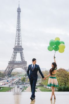 Love is like a balloon, easy to blow up and fun to see grow. But hard to let go and watch fly away. #parisphotographer #parisweddingphotographer #prewedding #preweddingphoto #preweddingparis #balloons #valentino #valentinoshoes #preweddingphotography #parisengagement #paris #parisjetaime #love #celebratinglove #weddinginspiration #kissinparis #kissmeinparis