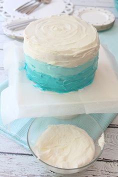 How to frost an ombre cake! (i.e. The rules I didn't follow when I made Lily's first birthday cake...)
