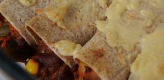 Oven-Baked Tortilla Rolls / Tortillavuoka (vegan / vegaaninen) Tortilla Rolls, Oven Baked, Vegan Recipes, Tacos, Mexican, Ethnic Recipes, Food, Essen, Yemek