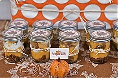 vQh: {Mason Jar Pumpkin Trifle}
