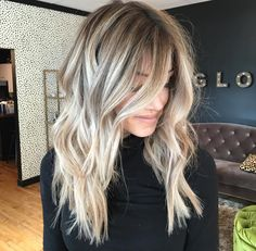 Highlights // blonde root fade
