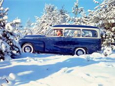 Duett station wagon enjoying a retro winter