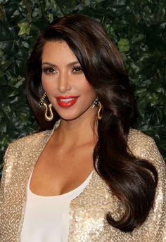 trendy ideas for wedding makeup for brunettes glamour kim kardashian Looks Kim Kardashian, Kardashian Style, Kardashian Beauty, Kardashian Wedding, Kardashian Photos, Red Lip Makeup, Hair Makeup, Wedding Makeup For Brunettes, Brunette Makeup