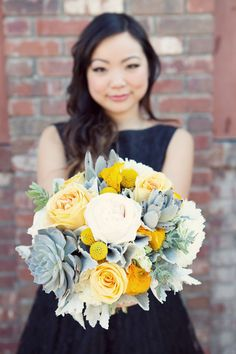 Love this color scheme for a bouquet...just need the teal in there...