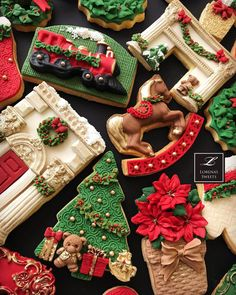 Christmas Cookies. Look at the details. Too Pretty to Eat. Happy Holidays.