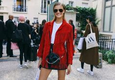 Street Style trends : Photo     - #StreetStyle https://youfashion.net/trends/street-style/street-style-photo-928/