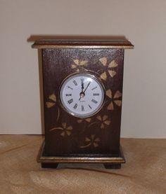 ρολόι Clock, Home Decor, Watch, Decoration Home, Room Decor, Clocks, Home Interior Design, Home Decoration, Interior Design