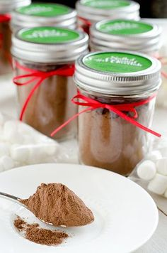 Salted Caramel Hot Chocolate Mix w/ printable labels - these will be great gifts and no baking necessary!  :)