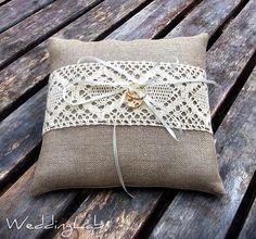 love the crochet part Wedding Ring Cushion, Cushion Ring, Wedding Ring Box, Ring Bearer Pillows, Ring Pillows, Throw Pillows, Rustic Ring Bearers, Rustic Pillows, Crochet Wedding